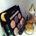 Keep your makeup organized on small cruise ship & hotel vanities.